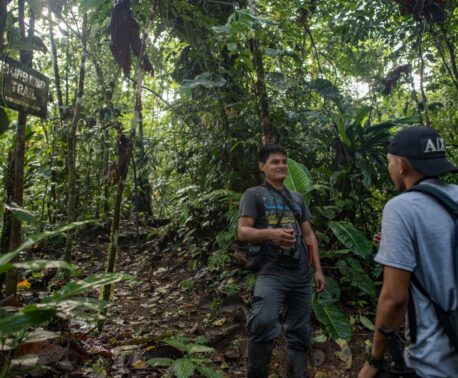 With ranger José Añapa (centre of picture above) as the latest example, the bond between the indigenous Chachi people and the Chocó forest goes back hundreds of years. Image credit: Fundación Jocotoco